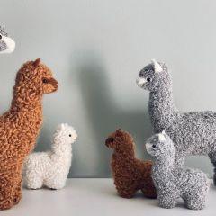 Alpaca decoration camel small Petit Kolibri