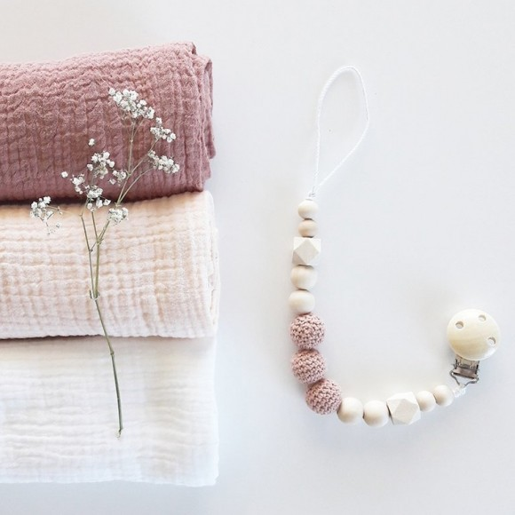 Dummy chain antique pink La Petite Particule
