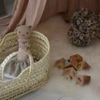 Palm leaf doll basket Bonet et Bonet