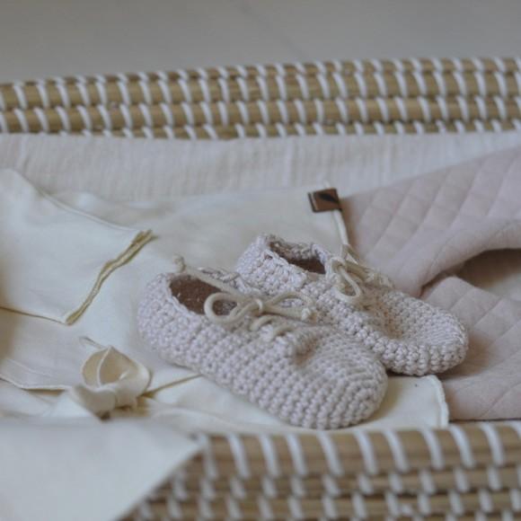 Chaussons en crochet Poudre Laetitia Dalbies