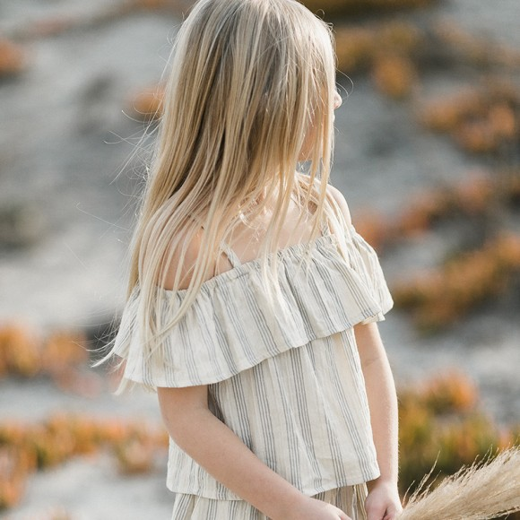 Top off shoulder stripe Rylee and Cru