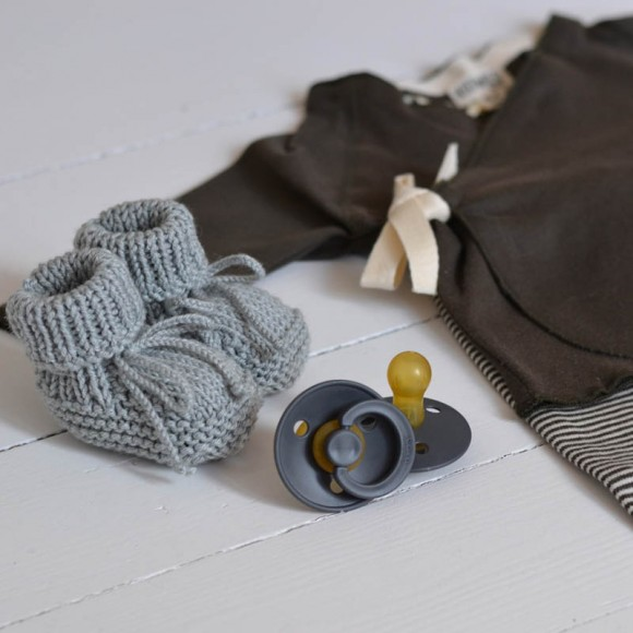 Pacifiers dark grey Bibs