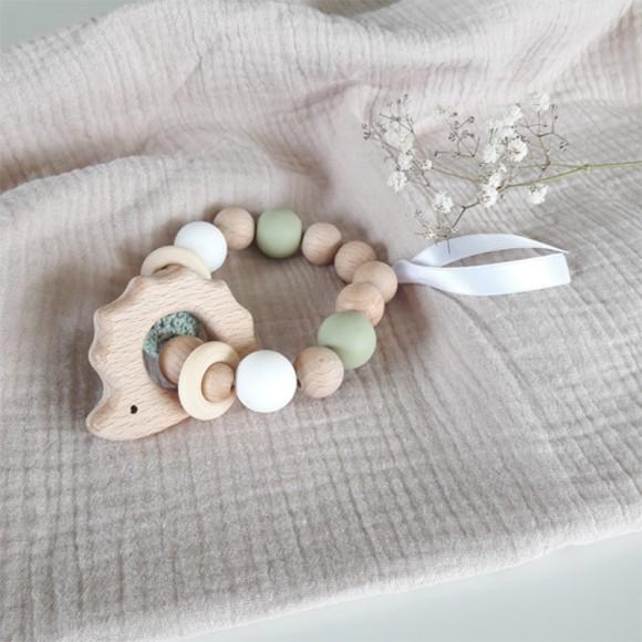 Bracelet d'éveil en bois hérisson vert La Petite Particule