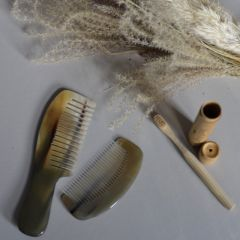 Buffalo horn comb small Bonet et Bonet