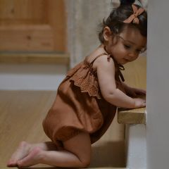 Ruffle romper bronze Rylee and Cru