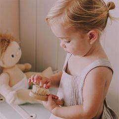 Brosse à cheveux poupée dinkum Olli Ella