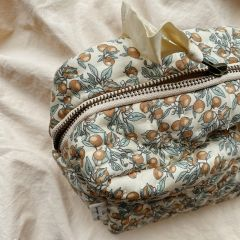 Quilted toiletry bag orangery beige Konges Slojd
