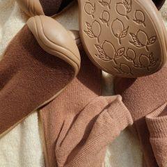 Sock slippers almond Konges Slojd