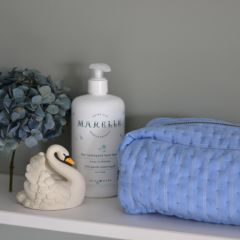 Quilted toiletry bag bel air blue champagne Konges Slojd