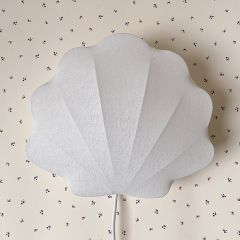 Fabric lamp clam off-white Konges Slojd