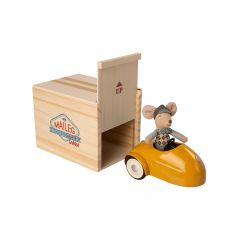 Mouse car w. garage yellow Maileg