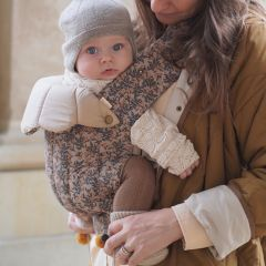 Nola baby carrier technical orangery beige Konges Slojd