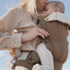 Nola baby carrier technical walnut Konges Slojd