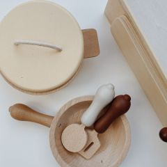 Wooden pots and pans Konges Slojd